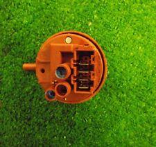 LAVASTOVIGLIE SMEG DC122W-1 Interruttore a pressione