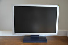 22 Zoll TFT --- BenQ FP222Wa 55,9 cm (22 Zoll) Wide Screen TFT Monitor silber