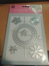 CUTTING DIE FOR SCRAPBOOKING//10X15 CM//USED FOR MACHINE// J1132 // FLOWERS