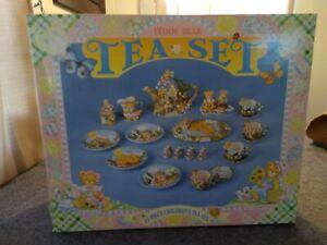 Children's Teddy Bear Tea Set Ceramic 23 Piece Hand Painted Vintage 1996