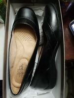 Life Stride Deja Vu Women's Slip On loafers flats sz 8.5M black snake