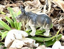 Safari Ltd Baby White Rhino Rhinosaurus Calf Figure 1996 026