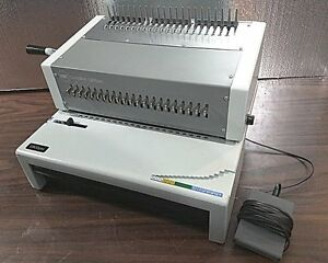 GBC C800PRO PUNCH BINDER PLASTIC COMB BINDING MACHINE IBICO EPK21 TESTED