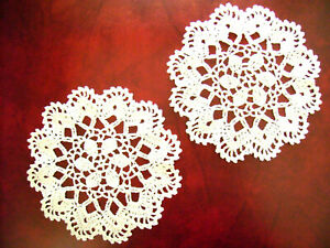 Set of 2 placemats crochet lace white has hand made 19cm diameter