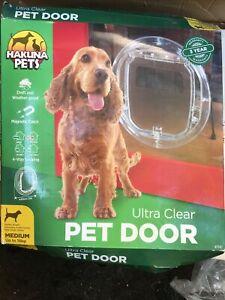 HAKUNA Medium ULTRA CLEAR PET DOOR 4-Way Locking Flap New in box
