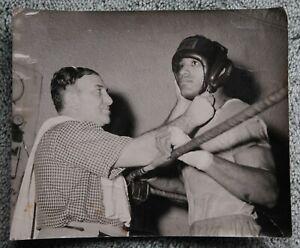 Rare Original Vintage 1954 Boxing Photo: Ed Sanders Before His Fatal Fight
