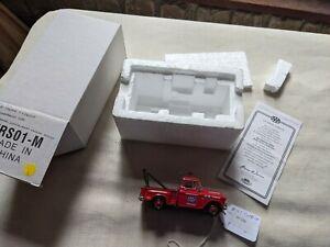 matchbox 1955 checy pick up truck YRS01 emergency service model car Q1 056 M