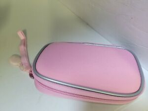NEW DREAMGEAR PINK CARRYING CASE WITH STRAP  FOR THE NINTENDO DSI CONSOLE  #C7