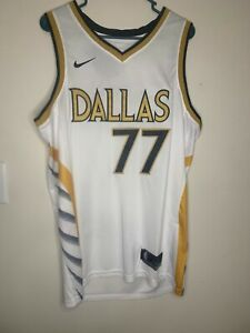 Luka Doncic #77 New City Edition Dallas Mavericks Jersey Size 52 XL