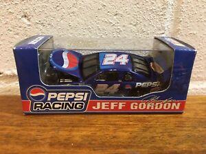 Action Jeff Gordon #24 Pepsi Racing 1999 Monte Carlo 1 of 10,000 NEW 1:64