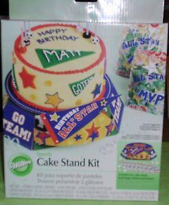 WILTON Sports Cake Stand Kit