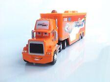 Disney Pixar Cars NO.92 No.92 Sputter Stop Racer's Hauler Truck Toy