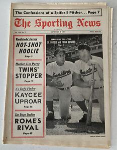 The Sporting News September 2, 1967 Gil Hodges & Frank Howard,Senators (B170)