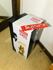 Supreme Scarface The World Is Yours Lamp Box Logo FW17 RARE New in Box