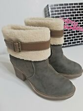 DIRTY LAUNDRY WOMEN'S Roll The Dice Bootie BOOTS SIZE 8.5M Olive NEW