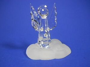 CRYSTAL Figurine by ZOO Angel Engel on frosted Cloud with 3 Flowers Christmas