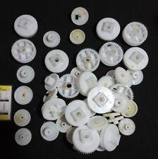 Zahnräder Getriebe - Zahnrad Kunststoff diverse lt. Foto