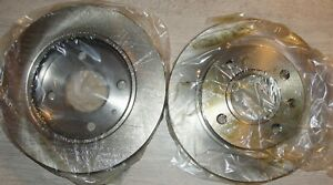 A PAIR OF VENTED BRAKE DISCS 240mm FRONT FORD ESCORT FIESTA DM2440