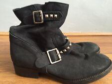 Bata Women's Black Leather Boots Size 4(37)
