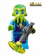 LEGO MINIFIGURES SERIES 13 71008 Alien Trooper