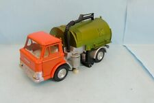 27233 DINKY TOYS / ENGLAND / 451 FORD D800 ROAD SWEEPER