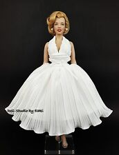 Franklin Mint Marilyn Monroe SEVEN YEAR ITCH White Dress Outfit Gown Fashion