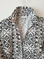 New York and Co Womens Sz XS Stretch Button Front Long Sleeve Blouse Black/White