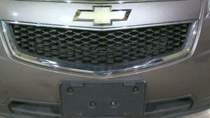 10-17 Chevrolet Eqiunox Front Bumper Lower Center Grille Assembly OEM