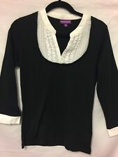 Suzannegrae black and white top size M