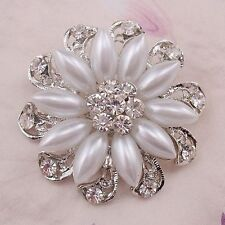 Beautiful crystal and pearl brooch for wedding invitation and Party.