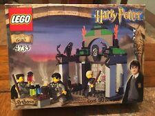 Lego #4735 Harry Potter Slytherin House 2002 90 Piece Building Set