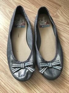 disney Liv & Maddie Flats Fabric Dress Shoes Glitter Bow Size 13  Shimmer Gold