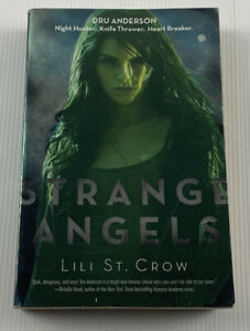 Strange Angels By Lilith Saintcrow Fantasy Fiction Paperback Book