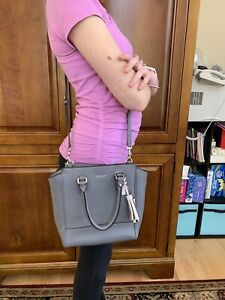 NWT Coach Legacy Pebbled Leather Tanner Crossbody top handle Silver Graphite