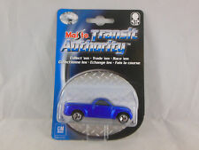 Maisto 15001 Chevrolet SSR Pick-up truck in Blue  Scale 1:64 Carded 2002