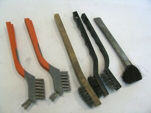 """6 Wire Brush Cleaning  HDX  Wooden Plastic Metal Handle LOT 7"""" 8"""""""