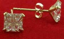 De 9 quilates de oro amarillo 5mm Cuadrado Blanco Corte Cubic circonia cúbica CZ Stud pendientes perforados