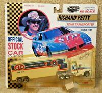 1992 Road Champs 1:87 HO Scale NASCAR Team Transporter Richard Petty STP