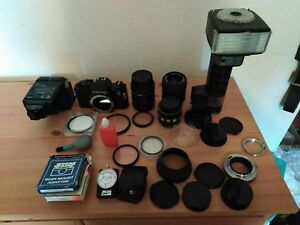 Vintage contact camera & lenses+ flashes & extra's