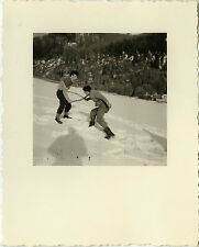 PHOTO ANCIENNE - VINTAGE SNAPSHOT - NEIGE BAGARRE GAG DRÔLE OMBRE - SNOW SHADOW