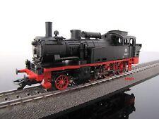 Aus Märklin 29074: Güterzug mit Dampflok BR74 + 3 braunen Güterwagen, neu