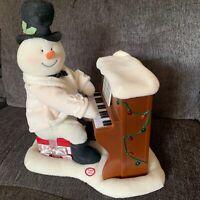 Hallmark Jingle Pals 2005 Plush Piano Playing Singing Snowman Animated Musical