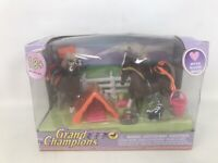 2004 Empire Toys GRAND CHAMPIONS MINI HORSE FAMILY 51005 BAD DAMAGED BOX