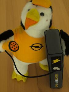 Opel Plüsch Stoff Pinguin, Opel goes Electric