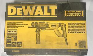 DeWALT® D25223K Rotary Hammer Kit, 1 in Keyless/SDS Chuck, 4300 bpm, 1150 rpm No