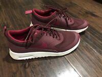 Nike Air Max Thea Premium 845062600 burgundy halfshoes