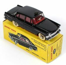 """Dinky Toys 546 - OPEL """"REKORD"""" Taxi, Noire 1:43 - Atlas"""