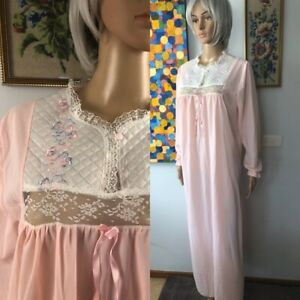 Vintage 70s Pink Nylon Nightdress Sz 12-14 Maxi Quilted Embroidered Bodice