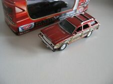 `79 Chrysler Town & Country Station Wagon  Rot-metallic 1979* Motor Max 1:64 OVP