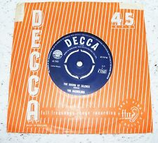 """Bachelors  The Sound Of Silence  /  Love Me With All Your Heart  1966  7""""  Vinyl"""